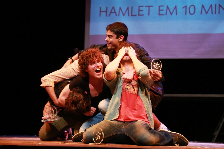 Hamlet ou Morte Melhor Esquete do 4º FESTU (foto: Zeca Vieira)