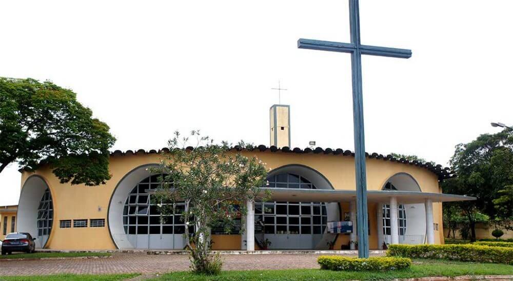 paroquia-nossa-senhora-da-consolata-brasilia-3686365424