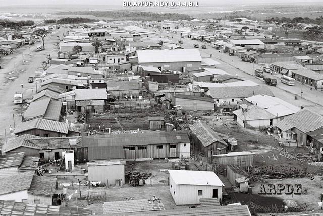 Acampamento de pioneiros no Núcleo Bandeirante - Arquivo Público do Distrito Federal