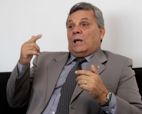 Alberto Fraga ministério