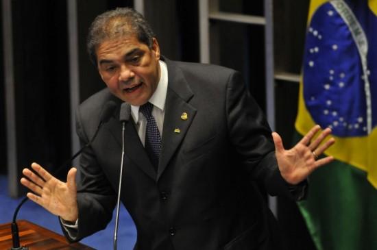 Planalto exonera mais uma indicação de senador que votou contra reforma