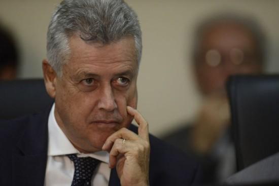 Governador Rodrigo Rollemberg na luta pelas comissões - supersalários