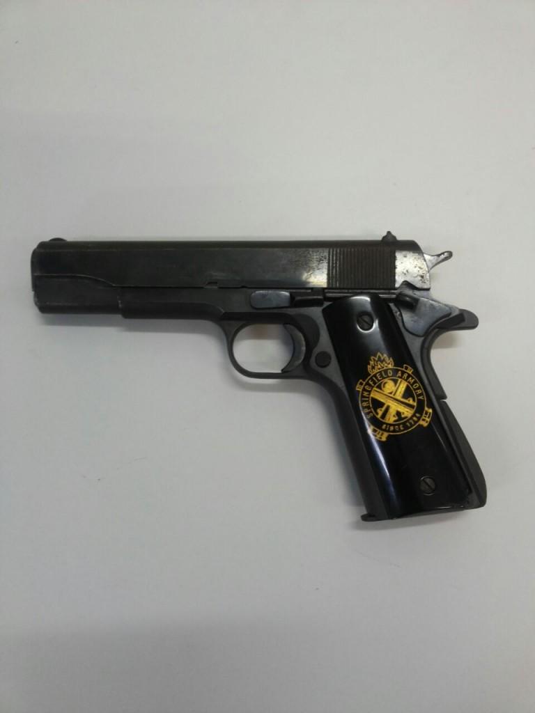 Opera o mister hyde daher preso por porte ilegal de arma for Uso e porte de arma