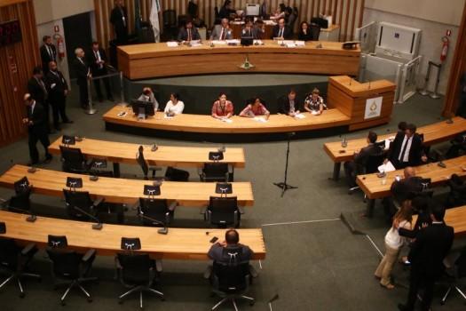 Câmara Legislativa - Rollemberg em busca de um articulador político