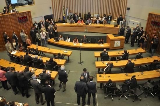 Câmara Legislativa plenário poder - pizza