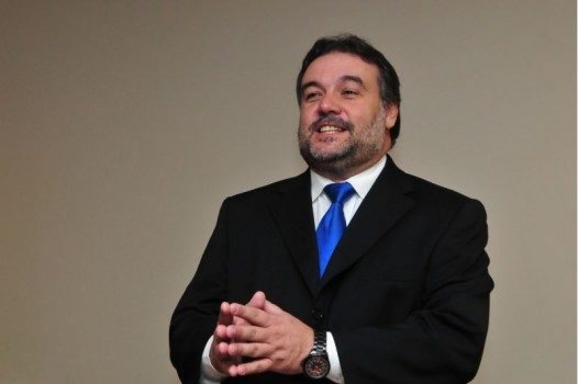 Antônio Valdir Oliveira Filho