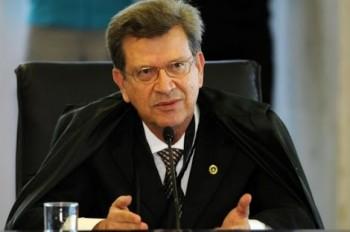 Justiça anula ato de nomeação de Lamoglia no Tribunal de Contas