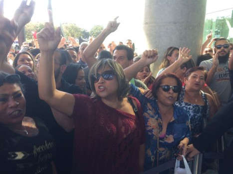 Manifestantes IHBDF