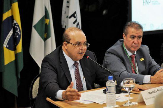 Ibaneis pede compreensão de Bolsonaro e Moro para fechar presídio federal