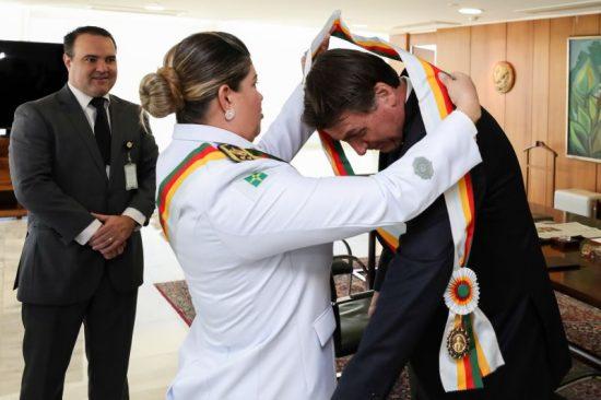 Bolsonaro Audiência com Jorge Antônio de Oliveira, Ministro-Chefe da Secretaria-Geral da Presidência da República; e Coronel Sheyla Soares Sampaio, Comandante-Geral da PMDF