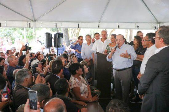 Governador Ibaneis Rocha assina ordem de serviço para início das obras de construção do Túnel Rodoviário de Taguatinga.