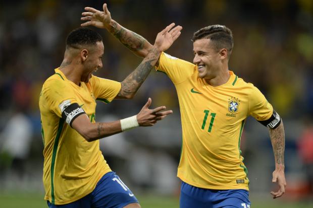 Neymar e Coutinho: apostas para a vaga antecipada. Foto: Pedro Martins/Mowa Press