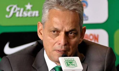 Reinaldo Rueda conta ao blog que sugeriu à diretoria proclamar a Chapecoense campeã