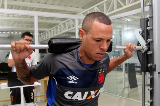 Fabuloso chega hoje ao DF com um peso: ainda não marcou pelo Vasco. Foto: Paulo Fernandes/Vasco