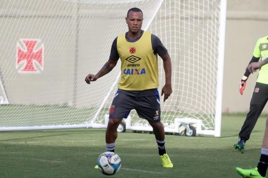 Luis Fabiano Luis Fabiano estreia hoje contra o Macaé. Foto  Paulo  Fernandes Vasco.com.br c314ad79cdc75