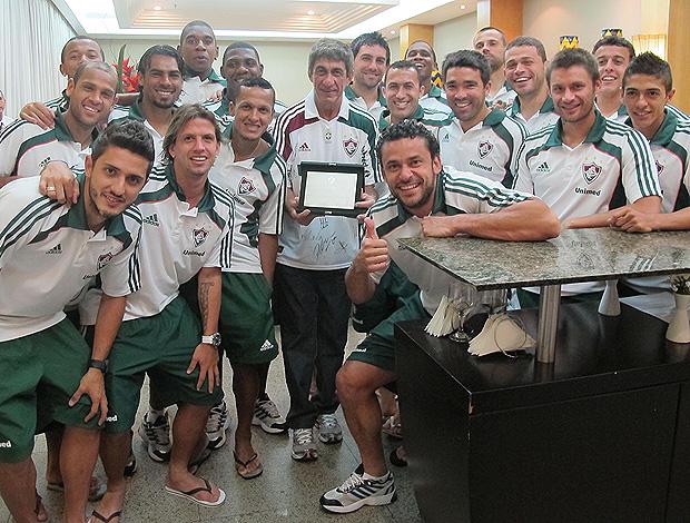 Fagner e o Fluminense, um dos seus times do coração. Foto: Divlgação/Fluminense