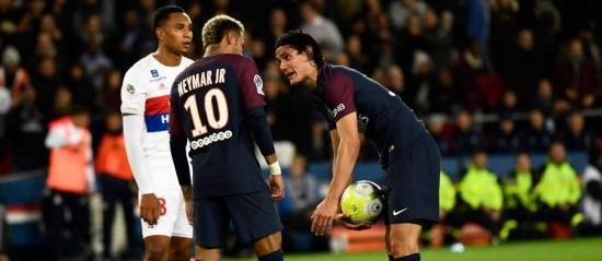 656a0f8955eed Neymar ou Cavani: quem é melhor nas cobranças de pênaltis?