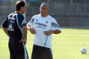 Carlos Queiroz comandou o galático Ronaldo no Real Madrid: time tinha Zidane, Beckham, Figo, Raúl...