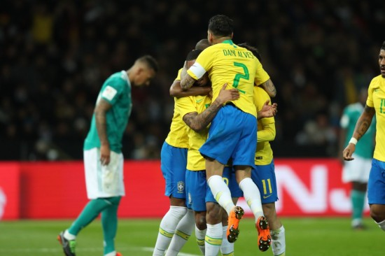 7a4de24180 Brasil Gabriel Jesus decretou a nona partida invicta da Seleção. Foto   Lucas Figueiredo Gabriel Jesus comemora o gol da vitória por 1 x 0 sobre a  Alemanha