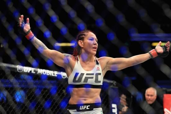 Cris-Cyborg-UFC-MMA-feminino