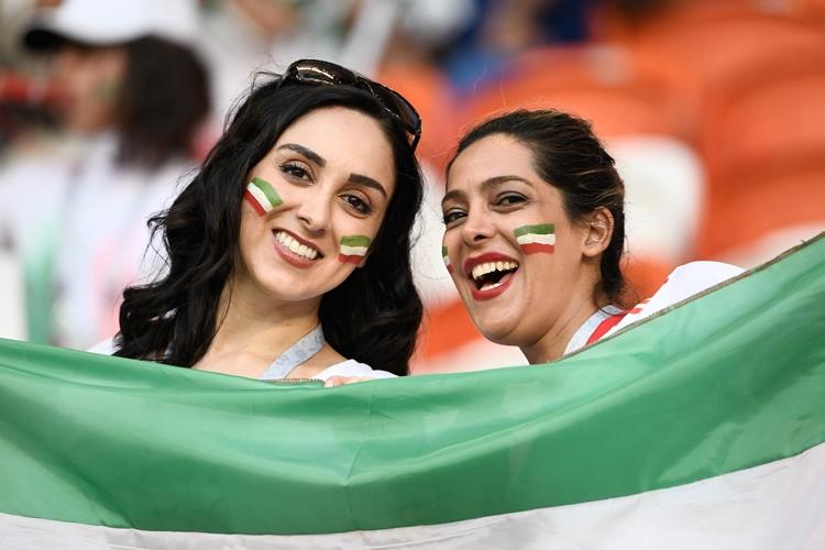 Irã-mulheres-estádios