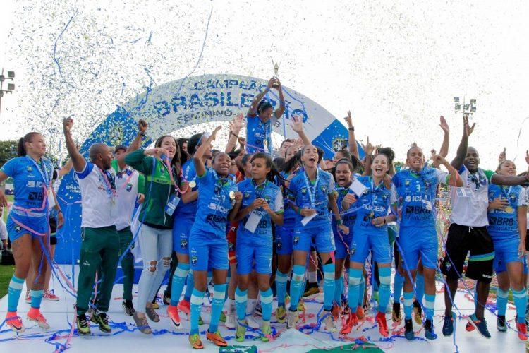 Minas Icesp ganha o título de campeão no Brasileiro A2 feminino e a vaga para disputar a elite em 2019