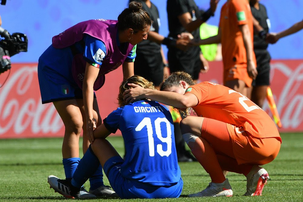 Holanda vence Itália na Copa do Mundo feminina de futebol e se classifica pela primeira vez às semifinais