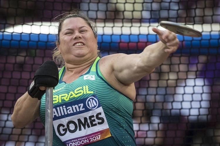 Mulheres nas Olimpíadas: Beth Gomes é favorita ao ouro nos Jogos Paralímpicos de Tóquio após ser campeã e bater o recorde mundial em 2019