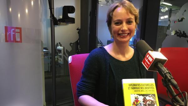 Historiadora Juliette Dumont lança livro sobre as origens da diplomacia cultural de Brasil, Argentina e Chile. Foto: RFI