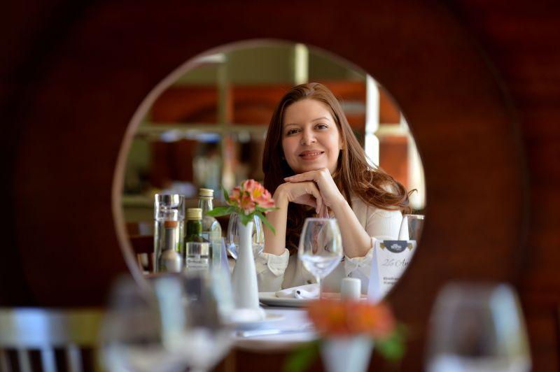 Crédito: Gustavo Moreno/CB/D.A Press. Brasil. Brasília - DF. Trabalho e Formação Profissional. Giuliana Ansiliero, administra a rede de Restaurantes Dom Francisco.
