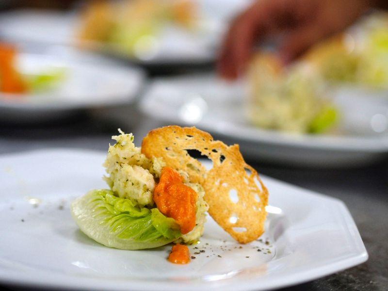 19/12/2016. Crédito: Liana Sabo/CB/D.A Press. Brasil. Brasília - DF. Prato de de bacalhau do Chef italiano da Pousada Inácia, na Chapada dos Veadeiros - GO.