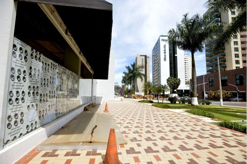 22/12/2016.  Crédito: Marcelo Ferreira/CB/D.A Press. Brasil. Brasília - DF. Favas Contadas. Novo restaurante Paris 6 no shopping ID.