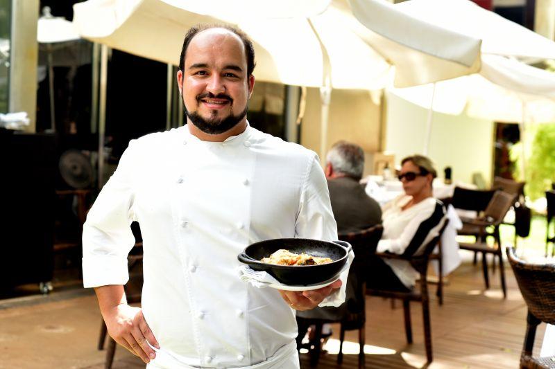 27/03/2017. Crédito: Antonio Cunha/CB/D.A. Press. Brasil. Brasilia - DF. Favas contadas. Bacalhau do chef Marcelo Petrarca, do Restaurante Bloco C.