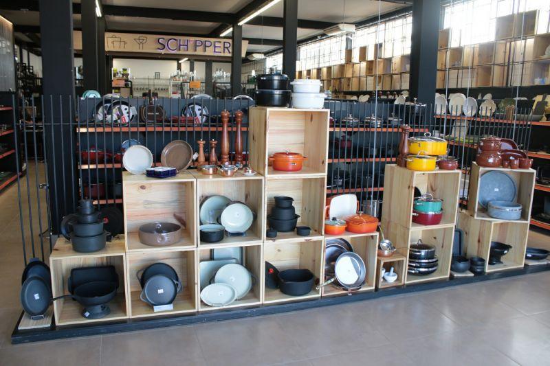 Schipper/Divulgação. Interior de uma loja da marca Schipper.