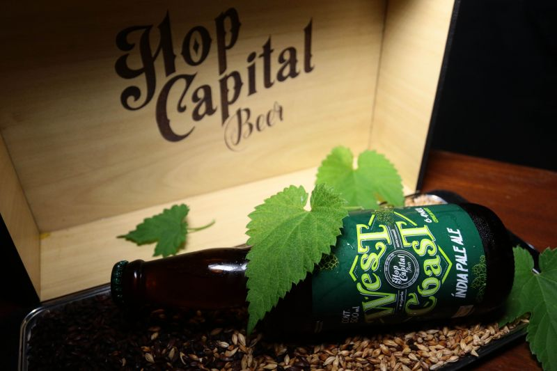 Crédito: Luís Nova/Esp.CB/D.A Press. Brasil. Brasília - DF. Gastronomia. Favas Contadas. Novas Cervejas. Cerveja artesanal West Coast da Hop Capital Beer Cervejaria.