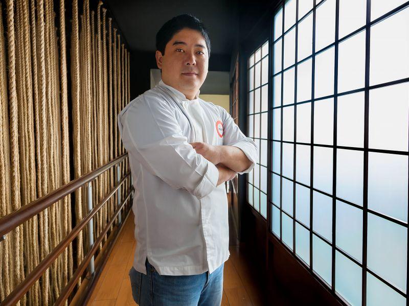 Arquivo pessoal/Divulgação. Chef Mitsuharu Tsumura.
