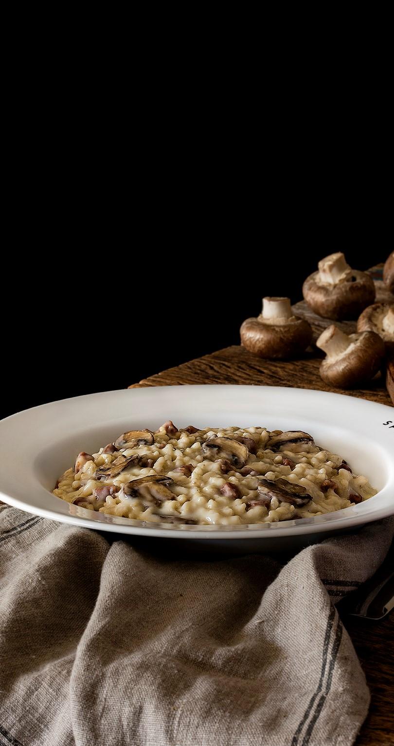 Risotto com cogumelos e azeite trufado (recorte)
