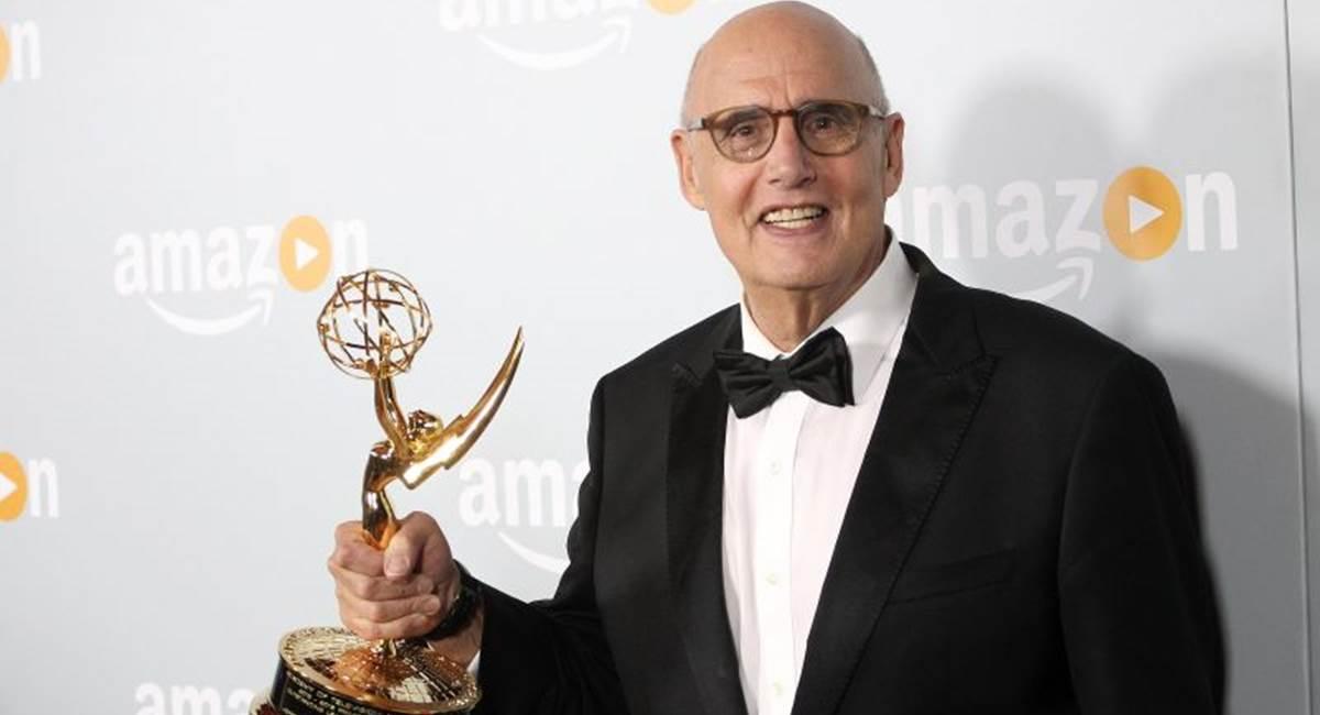 Jeffrey Tambor foi premiado com o Emmy pela performance em Transparent