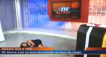 Equipe de telejornal entra na onda do hit 'Que tiro foi esse?'