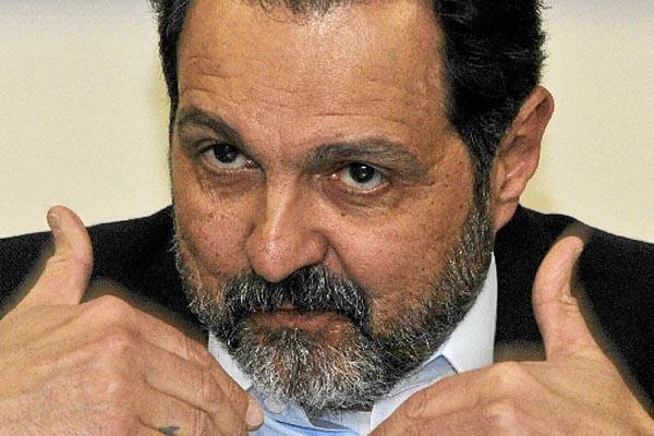 20/08/2015. Crédito: Luis Tajes/CB/D.A. Press. Brasil. Brasília - DF. Entrevista com o ex governador do Distrito Federal, Agnelo Queiroz.
