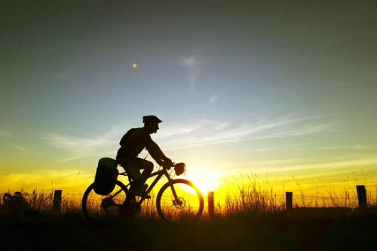 Image result for andando de bicicleta