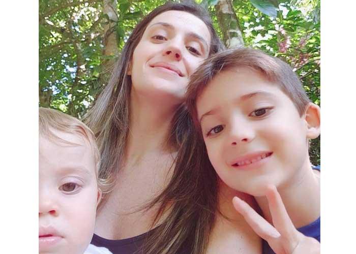 Maria Fernanda, com os filhos Felipe e Guilherme (Foto: Arquivo pessoal)
