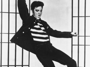 Elvis Presley em O Prisioneiro do Rock