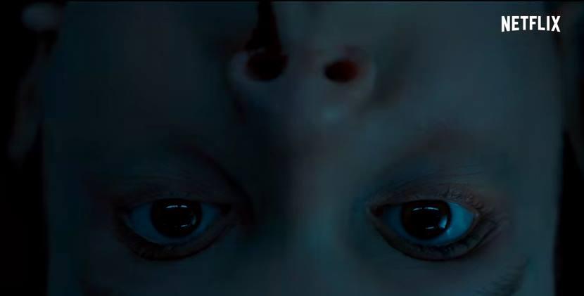 Eleven em cena do trailer da segunda temporada de Stranger things