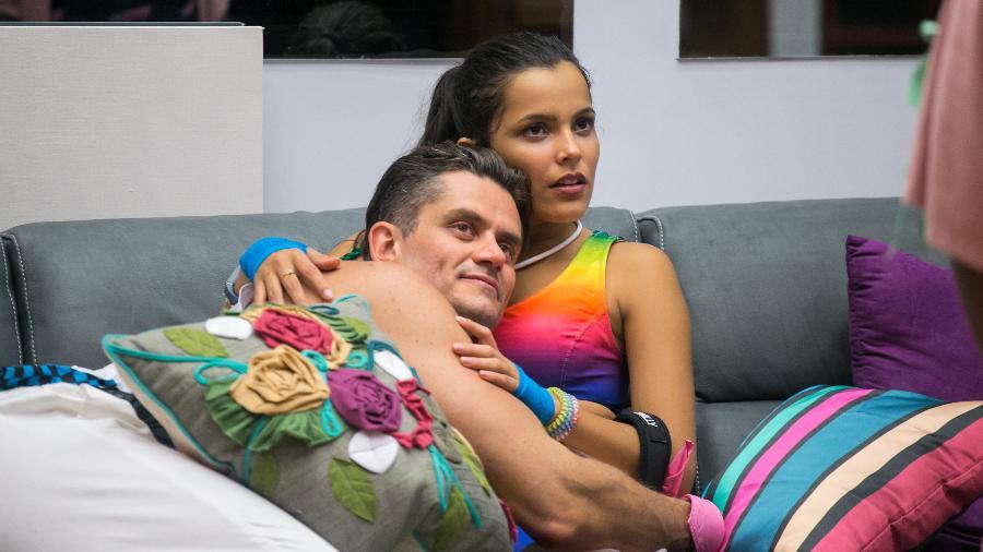 O casal Marcos e Emilly do BBB 17