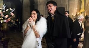 Anna (Isabelle Drummond) e Piatã (Rodrigo Simas) na novela Novo Mundo.