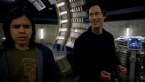 Cisco e Dr. Wells em The Flash
