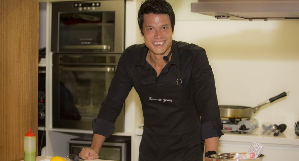 Leonardo Young se prepara para abrir um restaurante de comida indiana