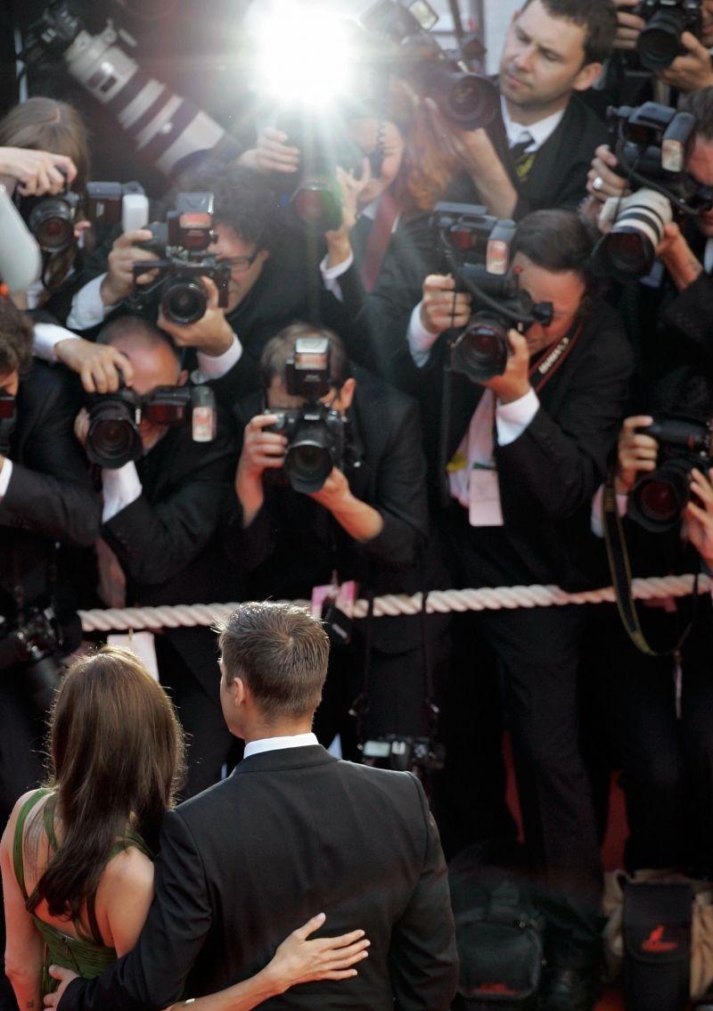 A fama atrai, mas o que sabemos sobre o que está atrás dos bastidores? As produções televisivas contam