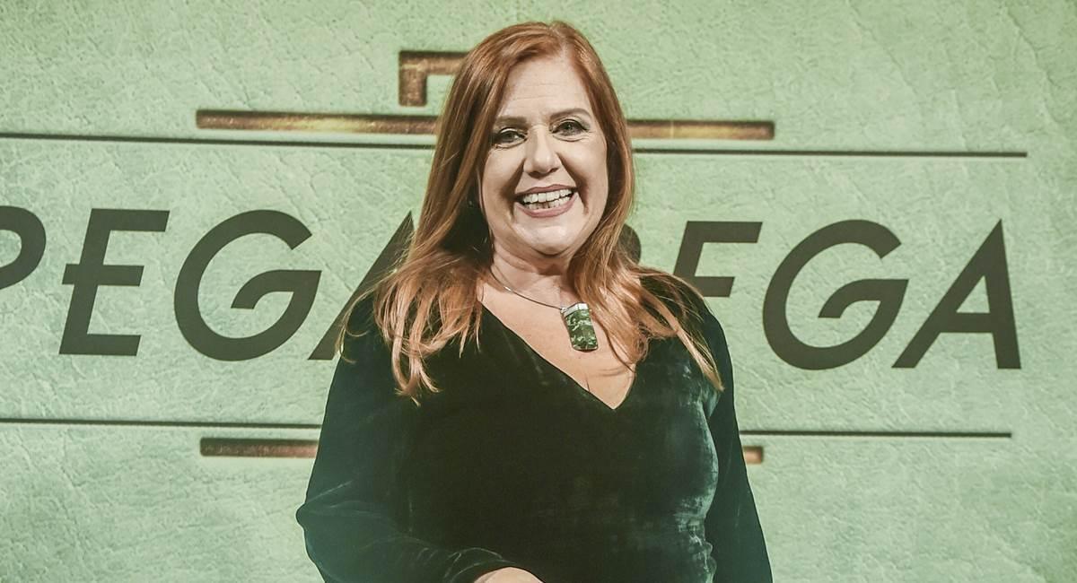 Regiana Antonini vive Neide em Pega pega